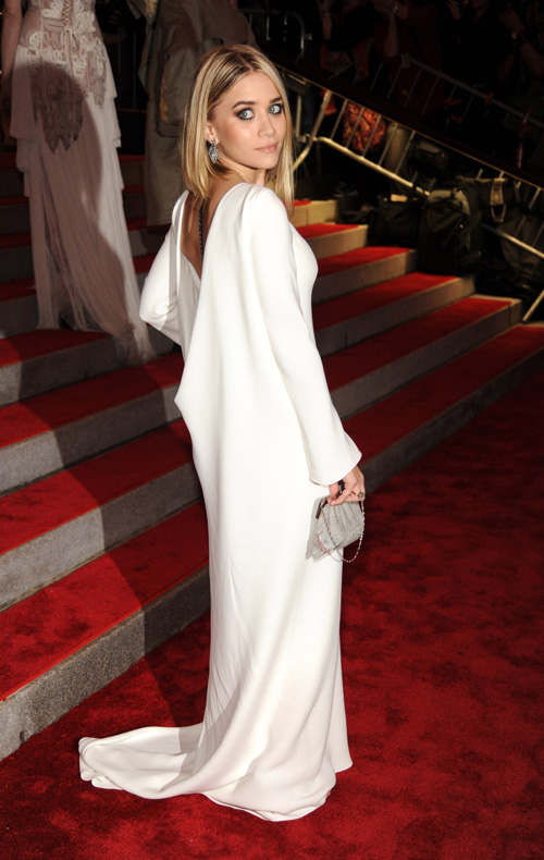 "Ashley Olsen attends ""The Model as Muse: Embodying Fashion"" Cost"